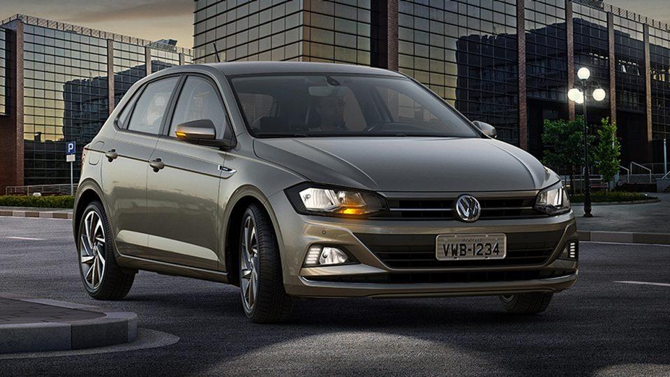 Novo Polo - Cornering Light - Volkswagen Fiorenza